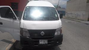 Nissan Urvan Con Placas