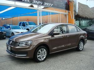 Volkswagen Vento EQUIPADO ,UN DUEÑO KM,CON