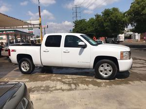 Chevrolet silverado  automatica 4x negociable