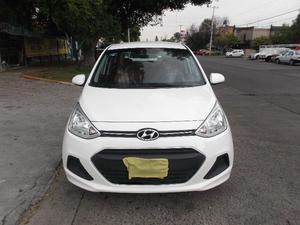 Hyundai grand i  en buenas condiciones