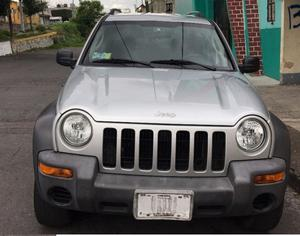 Jeep Liberty 04 4x4