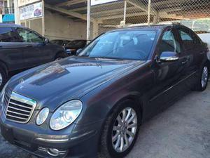 Mercedes E280 Modelo Año  Con  Kms