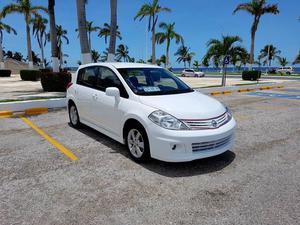 Nissan Tiida  HB STD DE LUJO