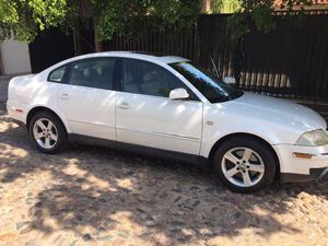 Volkswagen Passat , V6, 30 valvulas.