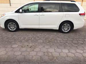 Toyota Sienna 5p Xle Aut Piel