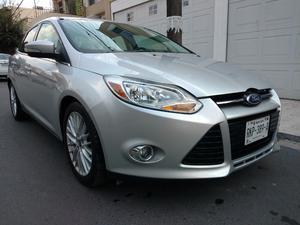 Ford Focus SEL ,AUT, PANTALLA, RINES