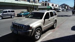 Jeep Grand Cherokee  Km