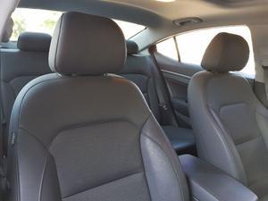Hyundai Elantra  Kilometraje