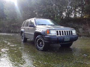 impecable Jeep Grand Cherokee laredo