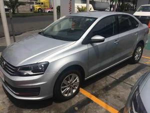 Volkswagen Vento p Confortline L4/1.6 Aut