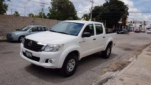 Toyota Hilux  std con clima electrica al dia