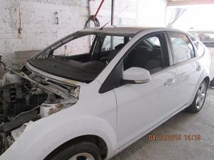 Ford Focus  SINIESTRADO Kilometraje