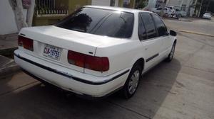 Honda Accord 94 automático engomado del gobierno