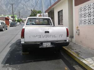 vendo camioneta chevrolet pickup