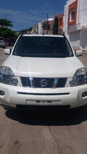 NISSAN X TRAIL  VERSION LIMITED... $....TRATAMOS