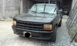 Camioneta Dakota