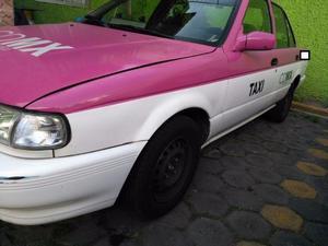 Taxi Nissan Tsuru  CDMX Rosa
