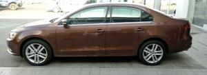Volkswagen Jetta  SPORTLINE ESTANDAR UNICO!! Y SUPER