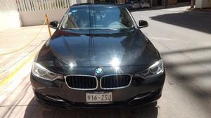 BMW 320ia SPORT LINE  kms.