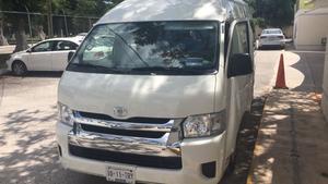Toyota Hiace commuter S-Long 15 pasajeros