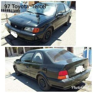 Toyota Tercel. Americano con titulo y sus placas