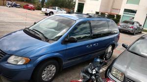 Chrysler Voyager muy cuidada y barata urge
