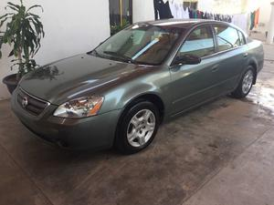 Nissan Altima americano