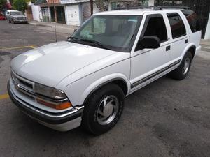 Chevrolet Blazer  con remolque en oferta