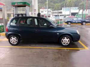 Se vende Chevy  en buenas condiciones.