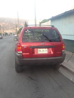 Camioneta. Ford escape 4x4
