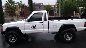 Jeep Comanche 87