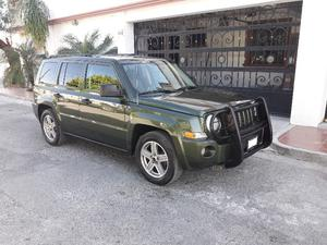 JEEP PATRIOT SPORT  STD Negociable