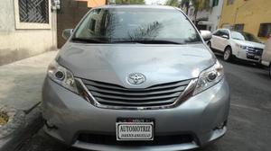 Toyota Sienna p XLE aut piel Limited q/c DVD