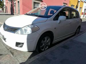 Nissan: Tiida