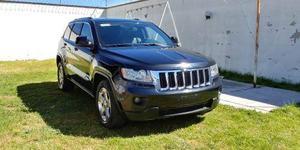 Camioneta Jeep Grand Cherokee Laredo Lujo
