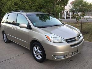 Toyota sienna xle limited con dvd at v6 piel