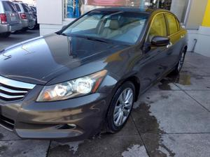 Honda Accord p EX sedan V6 piel ABS q/c CD