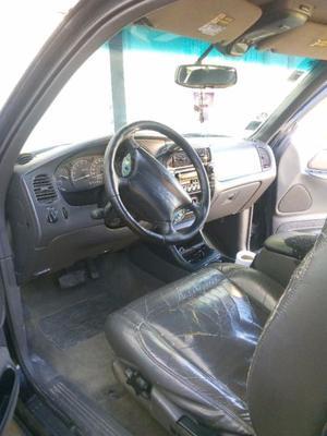 Camioneta Ford Explorer Sport