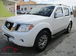 Nissan Pathfinder LE 4X4 TA Luxury con MM