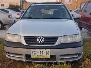 Volkswagen Pointer Wagon Lujo