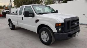 Ford F-250 Cabina Y Media 4x2 Super Duty Diesel
