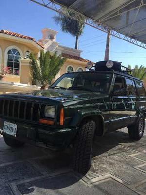 Jeep Cherokee Cherokee Sport 4x4 At