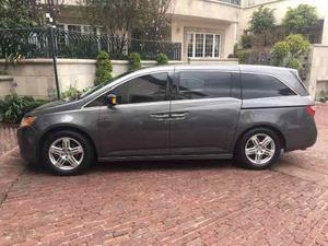 Honda Odyssey Touring Cd Qc Dvd At
