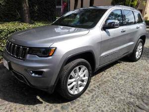 Jeep Grand Cherokee 5.7 Limited Lujo 4x4 At