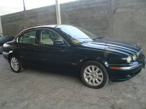 Jaguar X-type  Estandar 6-cilindros