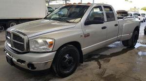 Dodge Ram  Crew Cab 4x2 Dully Diesel