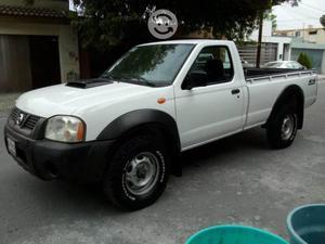 Nissan Pickup Diésel 4x4