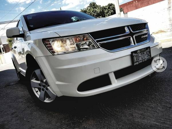Dodge Journey  días sin intereses