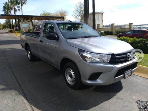 Toyota Hilux caja larga
