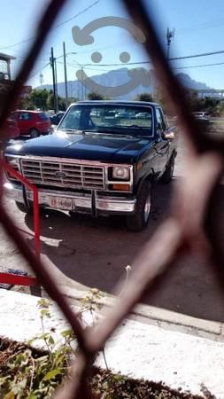 Ford 85 automática motor 300 con equipo de gas